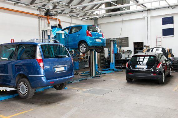 przegląd samochodu we wrocławskim warsztacie
