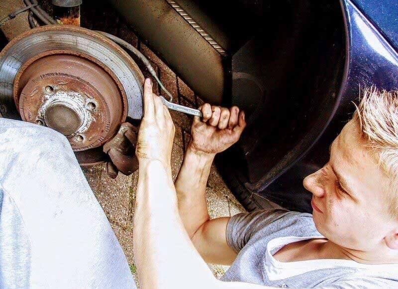 Mechanik samochodowy we Wrocławiu